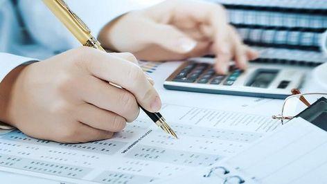 Nghề kế toán là gì? Nghề toán là nghề mà không chỉ đòi hỏi chuyên môn, tính trung thực cẩn thận mà nghề này còn đòi hỏi những kỹ năng xử lý