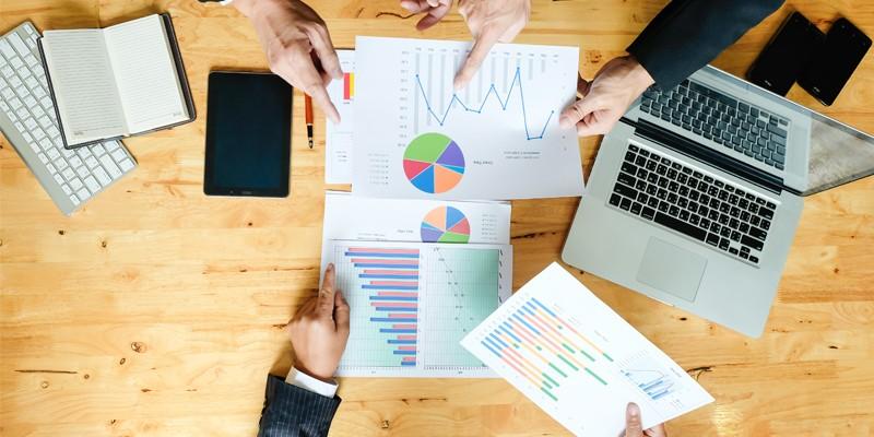 So sánh kế toán quản trị và kế toán tài chính từ yêu cầu quản lý