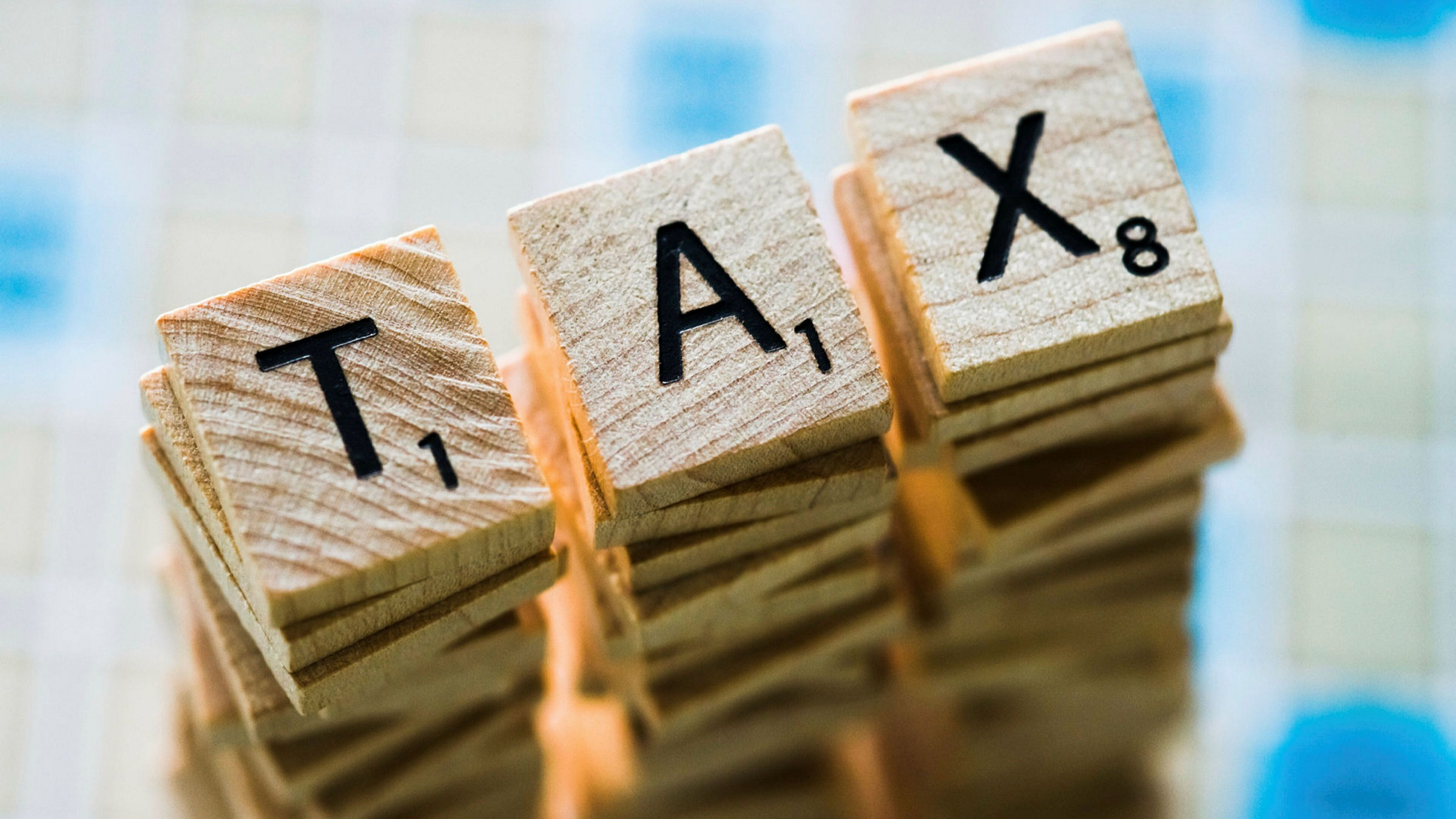 Taking pay cut 'could trigger a tax bill' | Financial Times